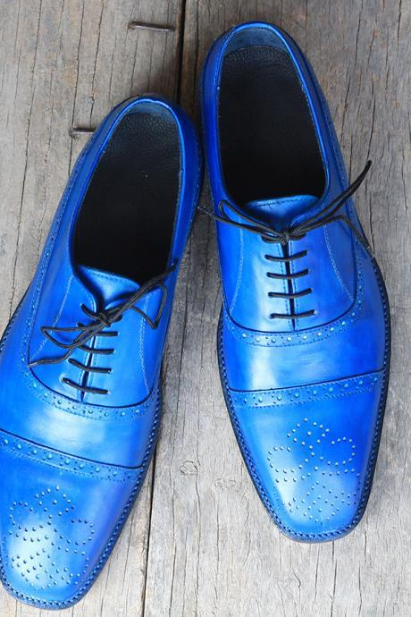 Oxford Style Blue Color Cap Toe Lace up Closure Medallion Pointed Toe Leather Shoes