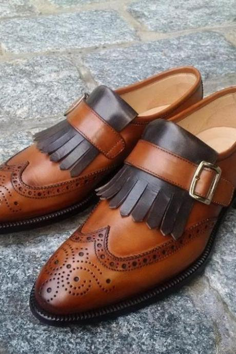 Monk Style Brown Color Pointed Pointed Toe Full Brogue Wing Tip Fringes Medallion Slip On Leather Shoes