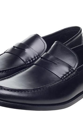 Calf Loafer Style Exclusive Black Color Slip On Men Leather Shoes